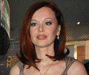 Однако ни сама актриса, ни ее муж Сергей Безруков информацию эту никак