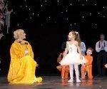 Волочкова научила дочь говорить «поцелуй меня в пачку»