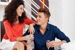Мужчин и женщин тянет друг к другу гораздо сильнее, если...
