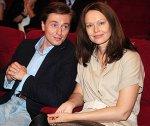 Жена Сергея Безрукова тяжело переносит беременность