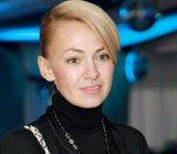 Яна Рудковская шокировала разными ногами