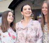 Екатерина Стриженова готова стать бабушкой