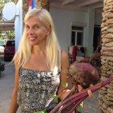 Алёна Свиридова в Крыму выращивает чудо-помидоры свеклу...