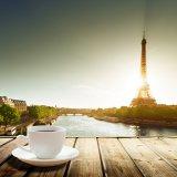 ELLE | 10 вещей о Париже, которые должен знать каждый