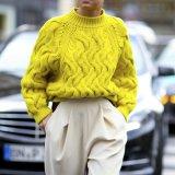 ELLE | 10 свитеров, которые стоит надеть прямо сейчас