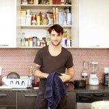Cosmopolitan | 9 маленьких поступков, которые завставят его полюбить тебя еще больше
