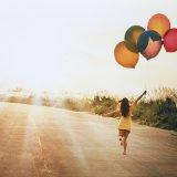 ELLE | Что мы знаем о счастье?