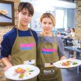 Cosmopolitan | Третий кулинарный мастер-класс Домашнего очага и Sams Steak House